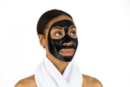 Benefits and Side Effects of Activated Charcoal Masks