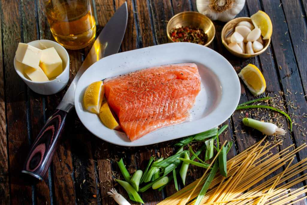 salmon containing vitamin d